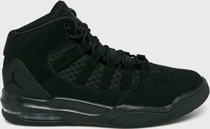 Czarne buty sportowe Jordan ze skóry sznurowane