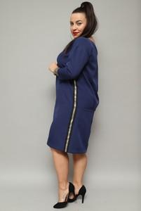 Sukienka KARKO z okrągłym dekoltem midi z długim rękawem