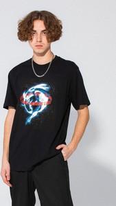 Czarny t-shirt LOCAL HEROES w młodzieżowym stylu z krótkim rękawem z nadrukiem