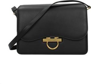 Czarna torebka Salvatore Ferragamo na ramię średnia matowa