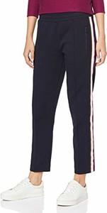 Granatowe spodnie amazon.de w sportowym stylu
