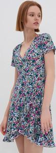 Sukienka House z krótkim rękawem mini w stylu casual