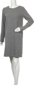 Sukienka BETTY & CO z długim rękawem w stylu casual prosta