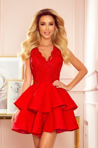 Czerwona sukienka NUMOCO rozkloszowana