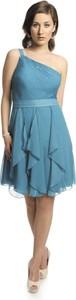 Sukienka Fokus asymetryczna z asymetrycznym dekoltem