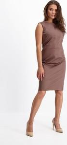 Sukienka Lavard dopasowana