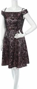 Sukienka Tahari By Arthur S. Levine z krótkim rękawem