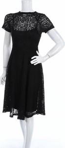 Czarna sukienka Goldie