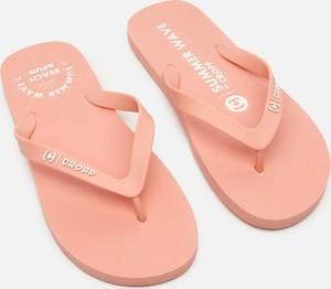 Różowe buty letnie męskie Cropp