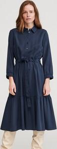 Niebieska sukienka Reserved rozkloszowana midi