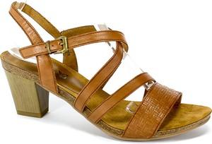 Sandały Caprice na obcasie na średnim obcasie