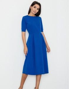 Niebieska sukienka Figl midi