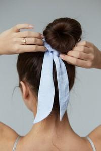 NEATNESS HAIR TIE GUMKA DO WŁOSÓW - BOW N°2 SILVER BLUE