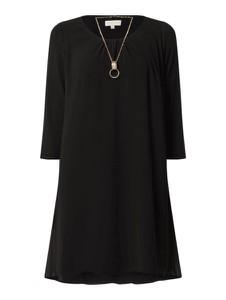 Czarna sukienka Apricot z okrągłym dekoltem w stylu casual trapezowa