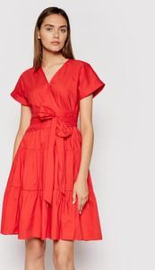 Czerwona sukienka Ralph Lauren z dekoltem w kształcie litery v mini z krótkim rękawem