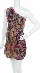 Sukienka Jeane Blush bez rękawów mini z asymetrycznym dekoltem