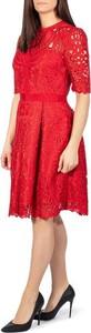 Czerwona sukienka Ted Baker midi