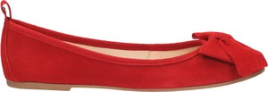 Czerwone baleriny Wojas w stylu casual z płaską podeszwą