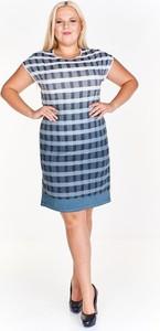 Niebieska sukienka Fokus ołówkowa z okrągłym dekoltem z lnu