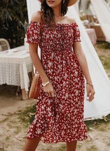 Czerwona sukienka Sandbella hiszpanka w stylu boho midi