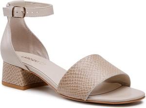 Sandały Lacoste z klamrami