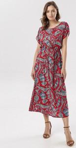 Czerwona sukienka born2be maxi