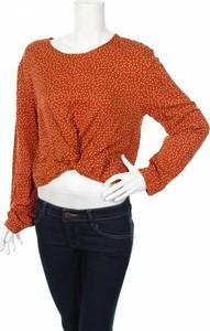 Pomarańczowa bluzka Bershka z okrągłym dekoltem w stylu casual