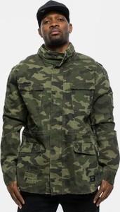 Kurtka Cayler & Sons w militarnym stylu z bawełny