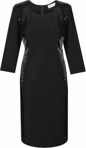 Czarna sukienka Fokus w stylu casual midi dla puszystych