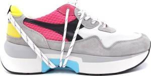 Buty sportowe Diadora z zamszu
