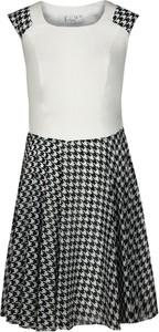 Sukienka Fokus rozkloszowana mini w stylu casual