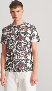 T-shirt Reserved z nadrukiem z krótkim rękawem
