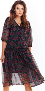 Sukienka Awama midi z dekoltem w kształcie litery v