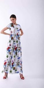 Sukienka Nommo z okrągłym dekoltem maxi w stylu casual
