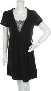 Czarna sukienka Ada Gatti z okrągłym dekoltem z krótkim rękawem rozkloszowana