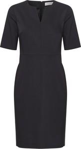 Czarna sukienka InWear z dekoltem w kształcie litery v mini