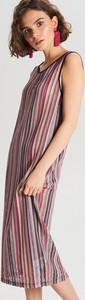 Sukienka Cropp z dekoltem w kształcie litery v w stylu casual