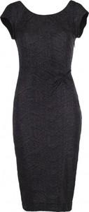 Sukienka VISSAVI ołówkowa mini z krótkim rękawem