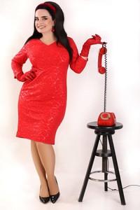 Czerwona sukienka Oscar Fashion z długim rękawem
