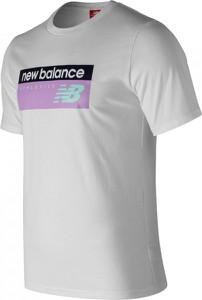 T-shirt New Balance w młodzieżowym stylu