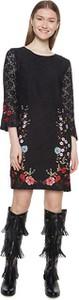 Czarna sukienka Desigual z długim rękawem
