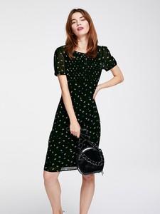 Czarna sukienka Heine mini z okrągłym dekoltem
