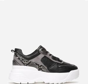 Buty sportowe Multu sznurowane ze skóry na platformie