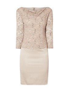 Sukienka Marie Noir w stylu glamour dopasowana