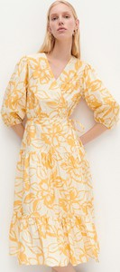 Pomarańczowa sukienka Reserved midi