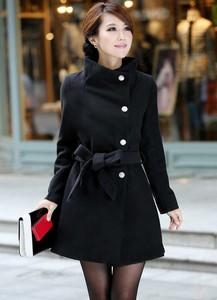 Czarny płaszcz Estera w stylu casual