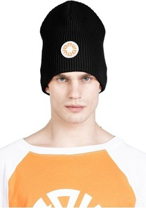 Czarna czapka Robert Kupisz
