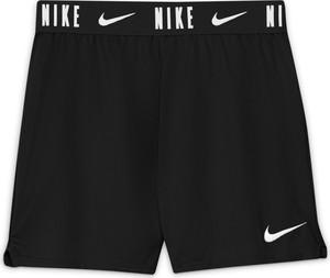 Czarne spodenki dziecięce Nike z dzianiny