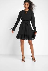 Sukienka ORSAY z długim rękawem
