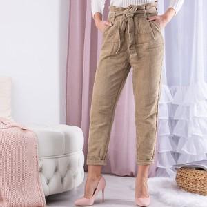 Spodnie Royalfashion.pl w młodzieżowym stylu